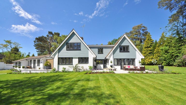 Spring Home Maintenance Checklist-bright